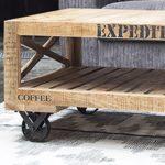 Design Holztisch mit Rollen
